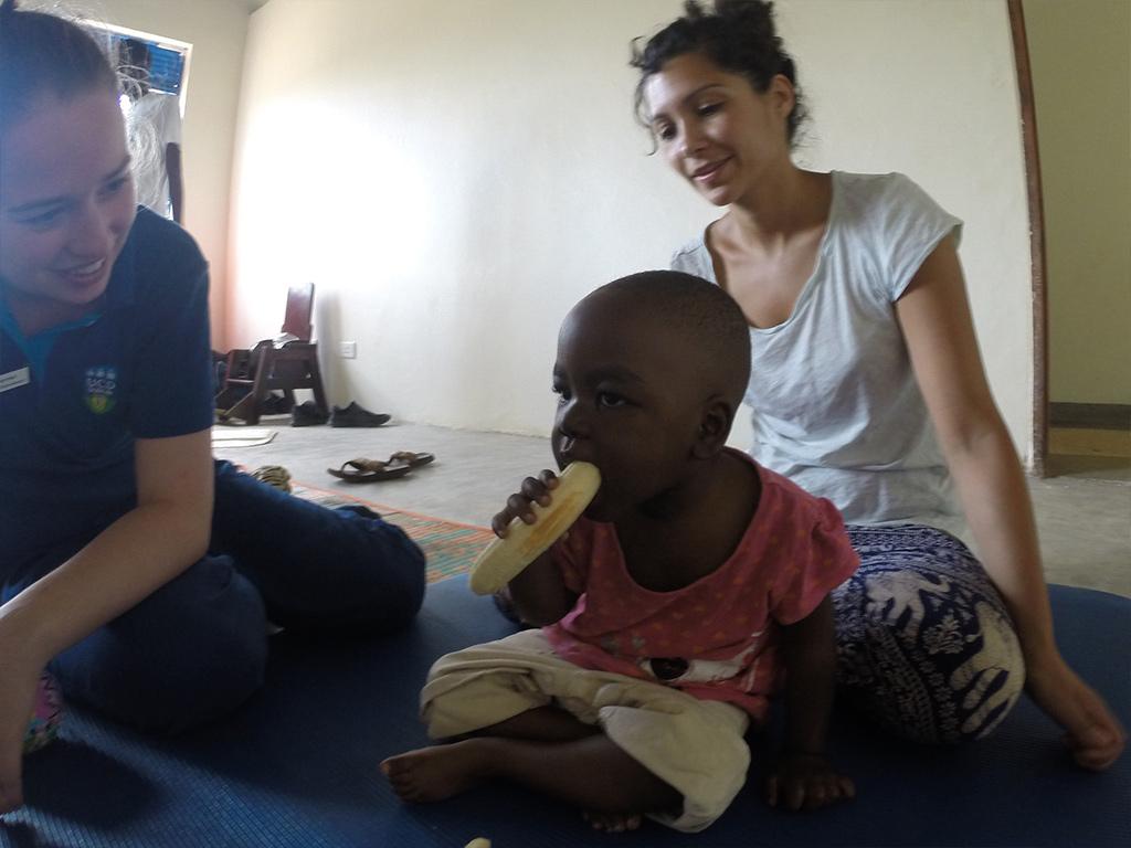 ugandan clinic 11